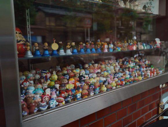 #まねき猫 がたくさん並んでた記憶やったけど #アンパンマン がえらい並んでるな :) #京都 #出町柳 #kyoto