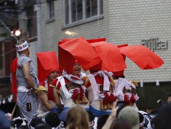#願人 の #投げ頭巾 がひらり #天神祭 #宵宮 #大阪 #tenjintsuri #osaka #催太鼓